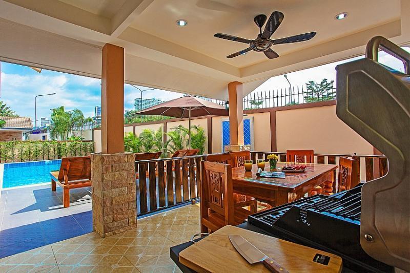 Pool Villas 6-8 Persons